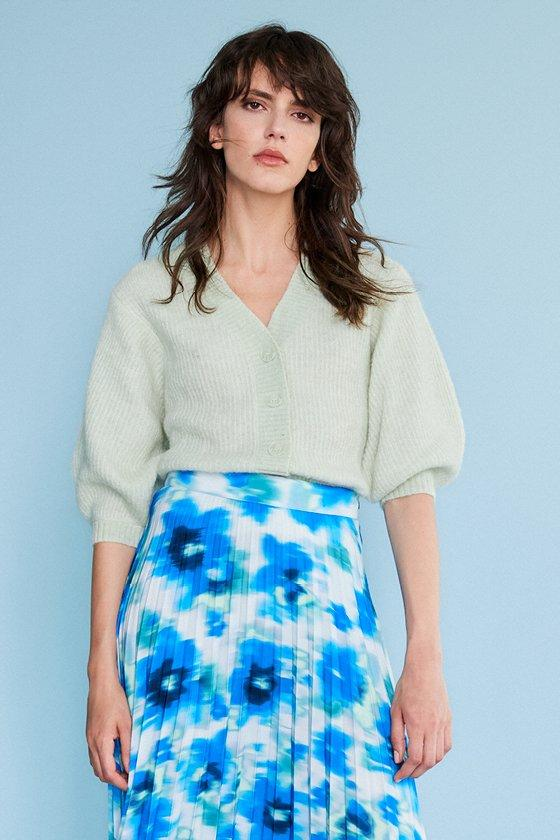 https://webmedia.cks-fashion.com/i/cks/119328GNM_10_l_model