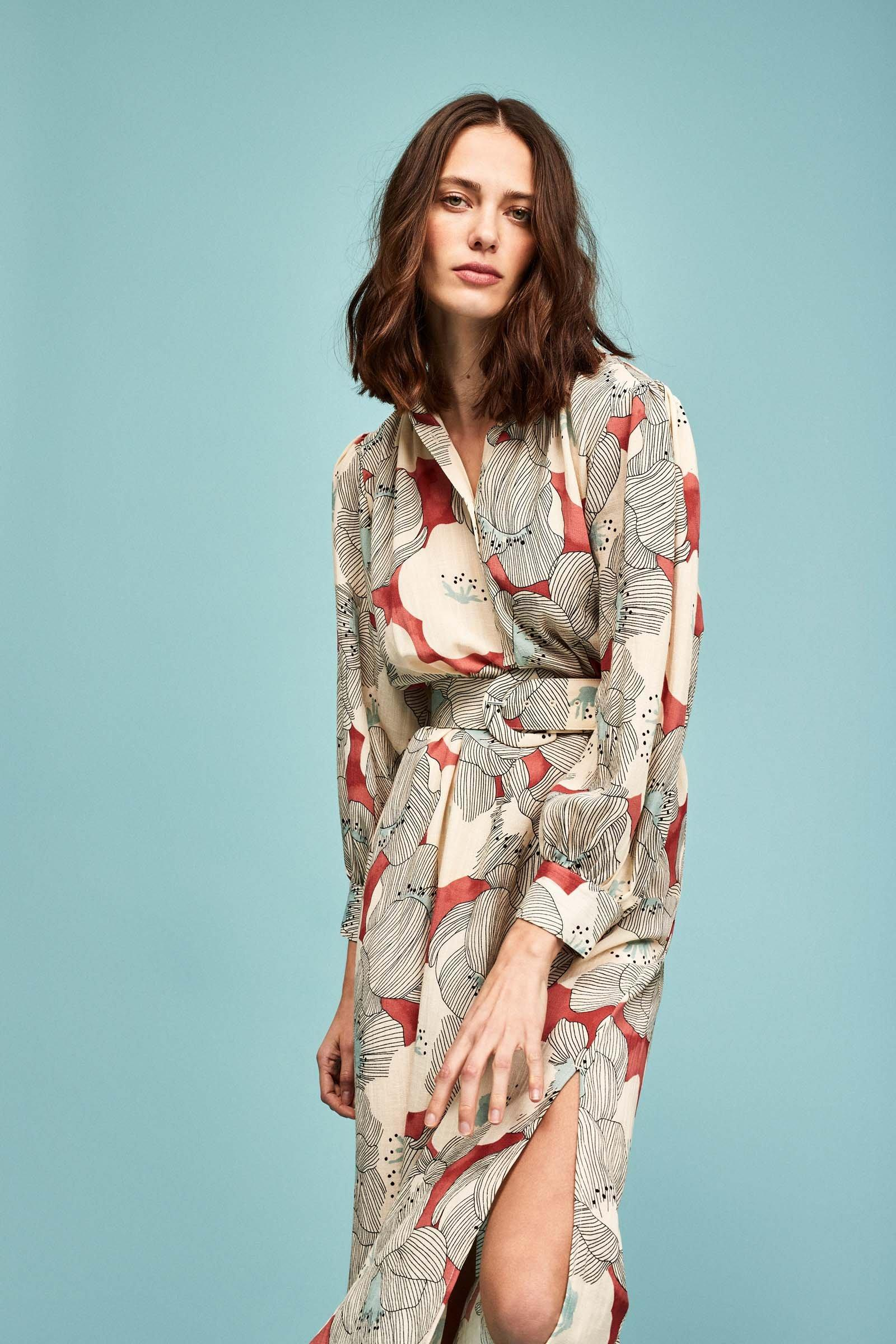 https://webmedia.cks-fashion.com/i/cks/123301ASM_10_l_model